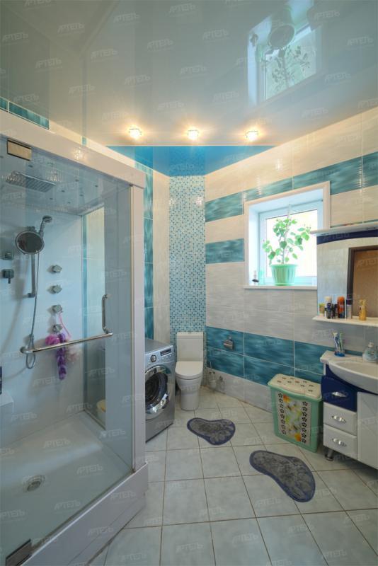Натяжной потолок ванна